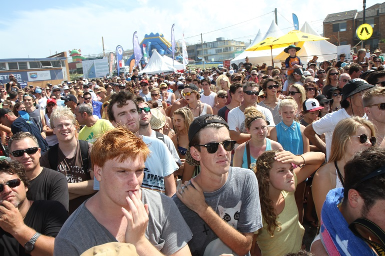 Crowd 2013 1