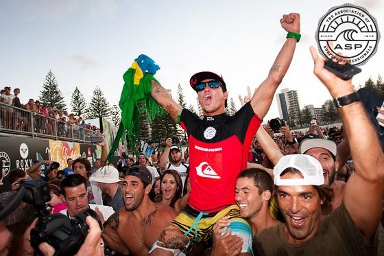 Gabriel Medina of Brazil wins Quiksilver Pro Gold Coast. Image: ASP/Kelly Cestari